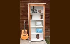 Könyvesszekrények és polcok